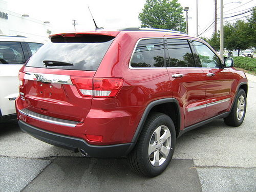 Jeep-GCherokee4-2010-wk2-rear