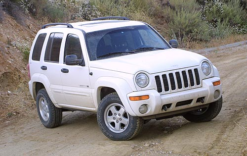 white jeep-cherokee-2002-kj-1