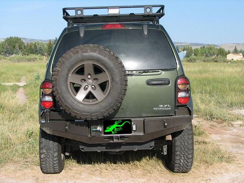 jeep-cherokee-2002-kj-rear
